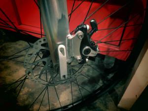 自転車の 自転車 ディスクブレーキ 台座 溶接 : ディスクブレーキ台座製作 ...